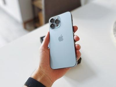 Apple smanjuje proizvodnju iPhonea 13 zbog nestašice čipova - odmah pala vrijednost dionica